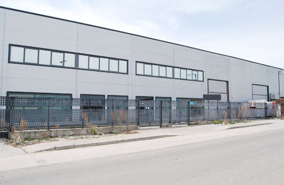 Industrial en venta en Olmedo, Valladolid, Calle Dehesa, 225.000 €, 1122 m2