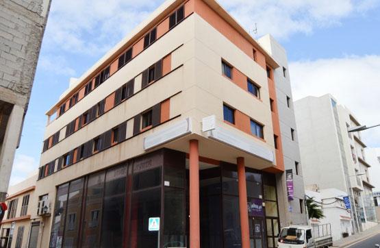 Piso en venta en Arrecife, Las Palmas, Calle Doctor Gomez Ulla, 150.000 €, 3 habitaciones, 2 baños, 117 m2