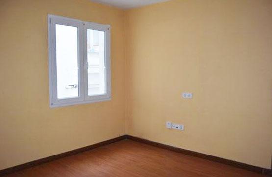 Piso en venta en Piso en Oviedo, Asturias, 59.500 €, 3 habitaciones, 1 baño, 59 m2
