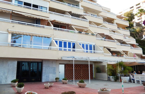 Piso en venta en Torremolinos, Málaga, Calle del Bajondillo, 266.800 €, 3 habitaciones, 2 baños, 115 m2