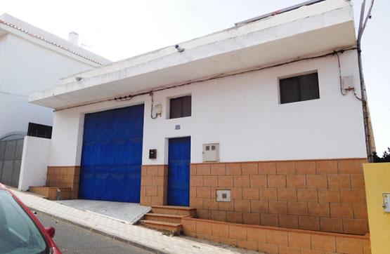 Industrial en venta en San Cristobal de la Laguna, Santa Cruz de Tenerife, Calle la Viña, 293.500 €, 817 m2