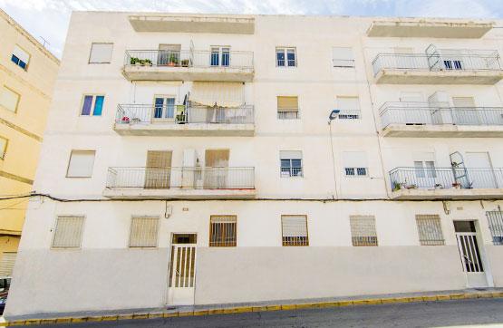 Piso en venta en Crevillent, Alicante, Calle Boquera Calvari, 32.200 €, 3 habitaciones, 1 baño, 78 m2
