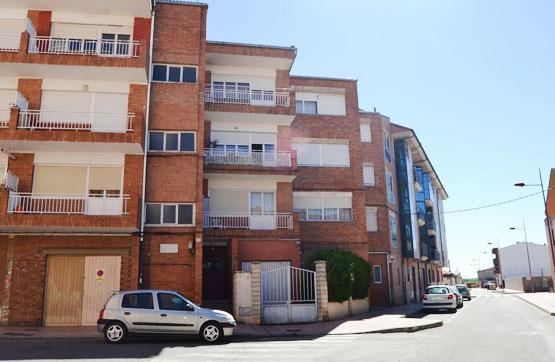 Piso en venta en Cabañas, Valencia de Don Juan, León, Calle Constitucion, 34.000 €, 2 habitaciones, 1 baño, 56 m2