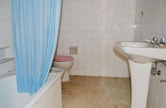 Piso en venta en Piso en Valencia de Don Juan, León, 32.300 €, 2 habitaciones, 1 baño, 56 m2