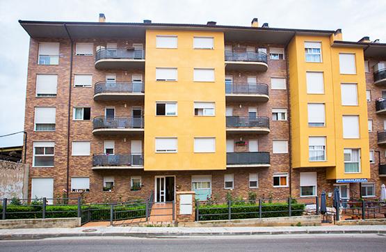 Piso en venta en Calatayud, Zaragoza, Calle Ronda Campieles, 73.342 €, 3 habitaciones, 2 baños, 125 m2