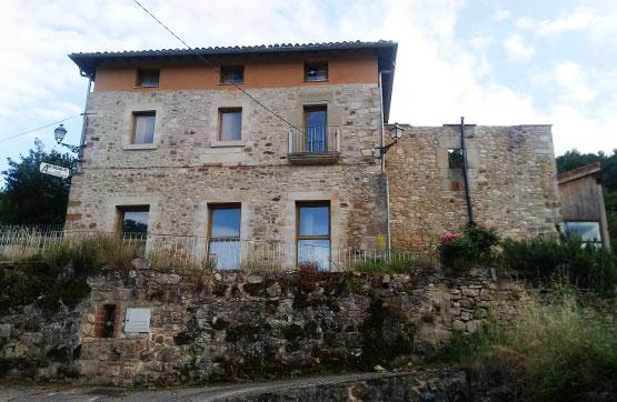 Casa en venta en Valdegovía/gaubea, Álava, Calle Real, 155.000 €, 10 habitaciones, 5 baños, 735 m2