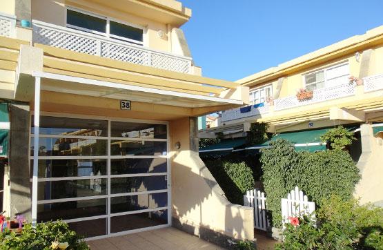 Casa en venta en San Bartolomé de Tirajana, Las Palmas, Calle Tauro, 147.500 €, 1 habitación, 2 baños, 55 m2