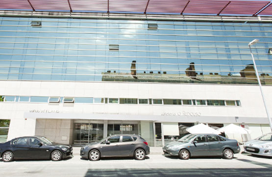Local en venta en Santiago de Compostela, A Coruña, Calle Camiño Da Vida, 297.000 €, 286 m2