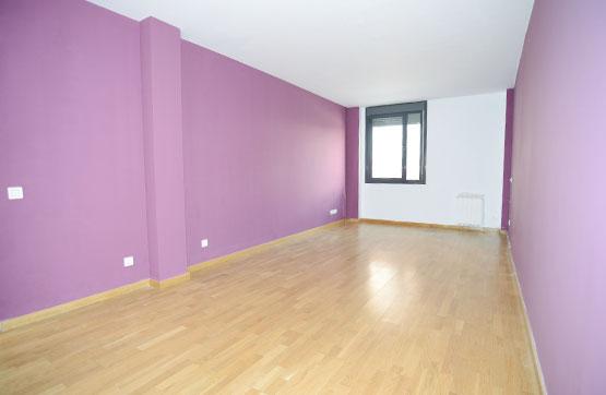 Piso en venta en El Tiemblo, Ávila, Calle Peralera, 52.500 €, 2 habitaciones, 2 baños, 91 m2