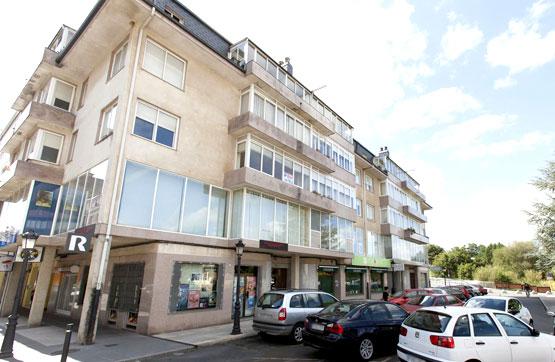 Piso en venta en Oroso, A Coruña, Plaza Isaac Diaz Pardo, 126.585 €, 3 habitaciones, 1 baño, 230 m2