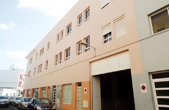 Piso en venta en Gran Tarajal, Tuineje, Las Palmas, Calle Leon Y Castillo, 269.200 €, 4 habitaciones, 2 baños, 138 m2
