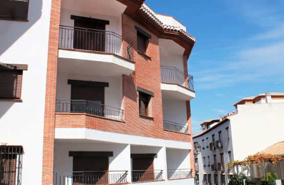 Piso en venta en La Zubia, Granada, Calle Calvario, 65.150 €, 1 baño, 79 m2