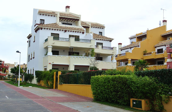 Piso en venta en Urbanizacion Costa Esuri, Ayamonte, Huelva, Urbanización Marina Esuri, 96.741 €, 2 habitaciones, 2 baños, 122 m2