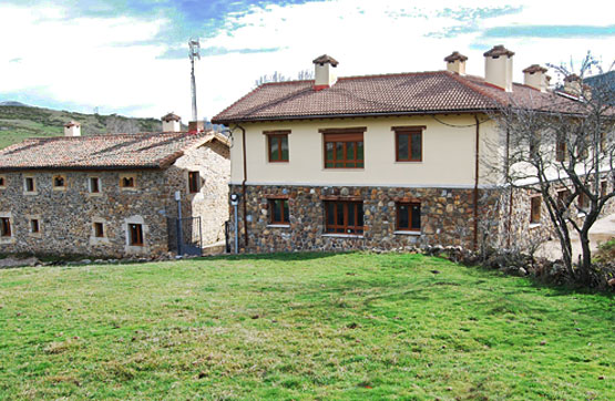 Piso en venta en Barrio Campo (alba de los Cardaños), Velilla del Río Carrión, Palencia, Calle Real, 44.506 €, 2 habitaciones, 1 baño, 61 m2