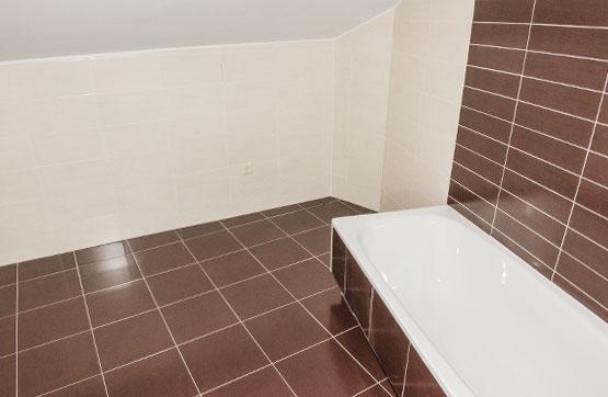 Piso en venta en Piso en O Rosal, Pontevedra, 46.500 €, 1 habitación, 1 baño, 60 m2, Garaje