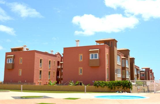 Piso en venta en Piso en la Oliva, Las Palmas, 133.500 €, 3 habitaciones, 2 baños, 115 m2