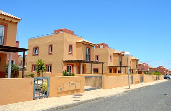 Casa en venta en La Oliva, Las Palmas, Urbanización Mirador de la Dunas, 216.000 €, 3 habitaciones, 3 baños, 113 m2