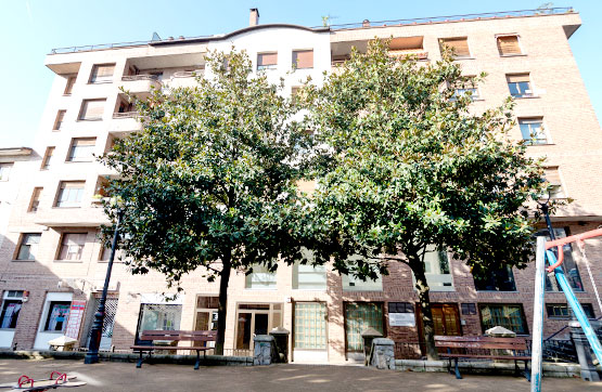 Piso en venta en Beasain, Guipúzcoa, Calle Martina Maiz Kalea, 161.000 €, 2 habitaciones, 1 baño, 100 m2