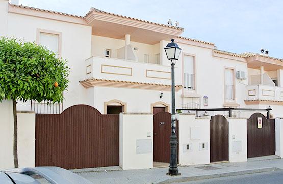 Casa en venta en Trigueros, Huelva, Calle Zenobia, 105.450 €, 4 habitaciones, 2 baños, 110 m2