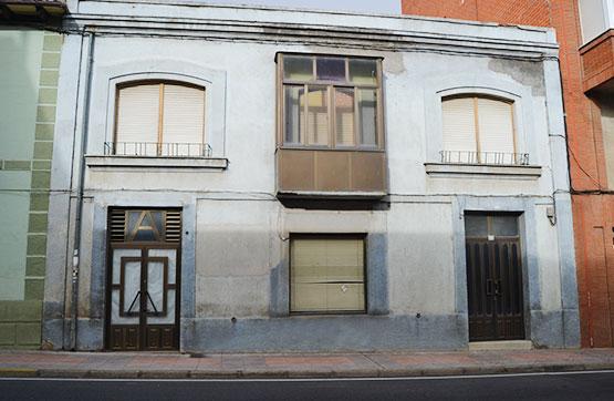 Casa en venta en Benavides, León, Avenida Orbigo, 43.900 €, 1 baño, 290 m2