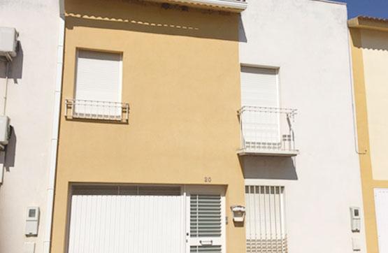 Casa en venta en La Carlota, Córdoba, Calle Maestro Garcia Santos, 91.686 €, 3 habitaciones, 2 baños, 144 m2