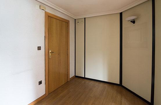 Piso en venta en Piso en Irun, Guipúzcoa, 240.000 €, 1 habitación, 1 baño, 118 m2