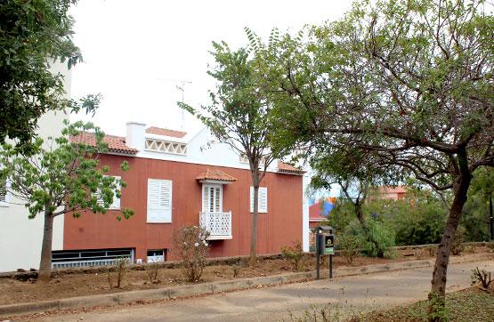 Casa en venta en Puerto de la Cruz, Santa Cruz de Tenerife, Calle Stravesado, 162.830 €, 2 habitaciones, 1 baño, 151 m2