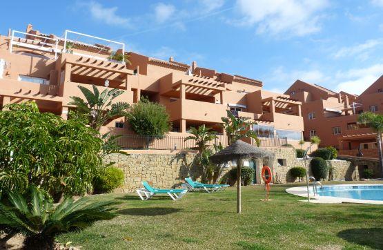 Piso en venta en Marbella, Málaga, Urbanización los Lagos de Santa Maria Golf, 391.600 €, 3 habitaciones, 3 baños, 175 m2