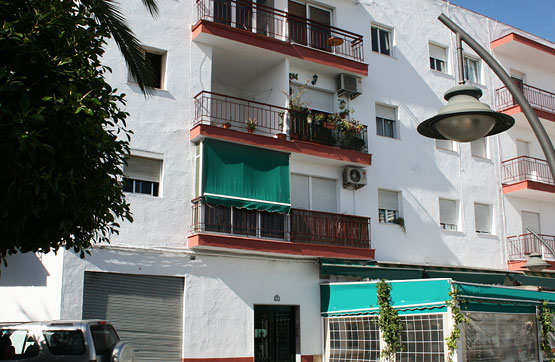 Piso en venta en Salobreña, Granada, Plaza de Goya, 124.200 €, 3 habitaciones, 1 baño, 101 m2