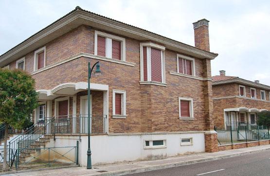 Casa en venta en Grijota, Palencia, Urbanización Ciudad del Golf, 186.300 €, 3 habitaciones, 4 baños, 210 m2
