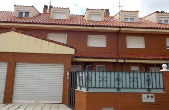 Casa en venta en Villabalter, San Andrés del Rabanedo, León, Calle Cerrada, 190.000 €, 3 habitaciones, 3 baños, 204 m2
