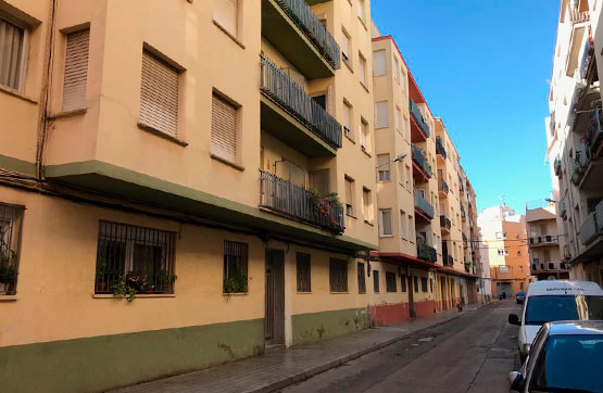 Piso en venta en Benicarló, Castellón, Calle Virgen de Monserrat, 45.000 €, 4 habitaciones, 1 baño, 94 m2
