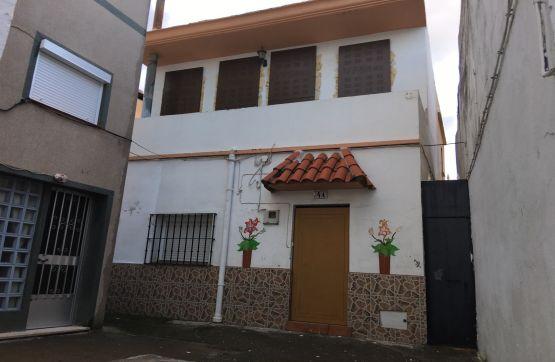 Casa en venta en Algeciras, Cádiz, Calle Tartessos, 82.800 €, 3 habitaciones, 2 baños, 127 m2