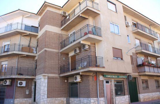 Piso en venta en Corral de Almaguer, Toledo, Calle Alcacer, 25.888 €, 3 habitaciones, 1 baño, 93 m2
