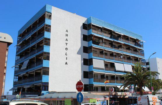 Local en venta en Puerto de la Cruz, Santa Cruz de Tenerife, Avenida Hermanos Fernandez Perdigon, 124.900 €, 125 m2