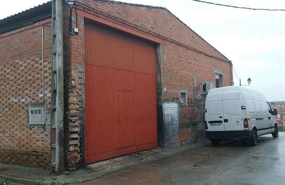 Industrial en venta en Calera Y Chozas, Calera Y Chozas, Toledo, Calle Buenos Aires, 40.600 €, 260 m2