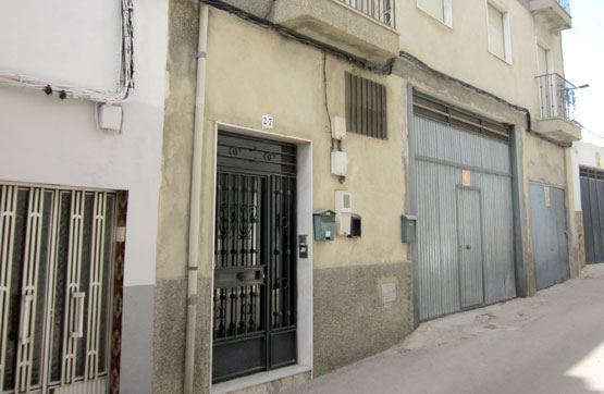 Piso en venta en Martos, Jaén, Calle Puerta de Jaen, 69.600 €, 4 habitaciones, 2 baños, 98 m2