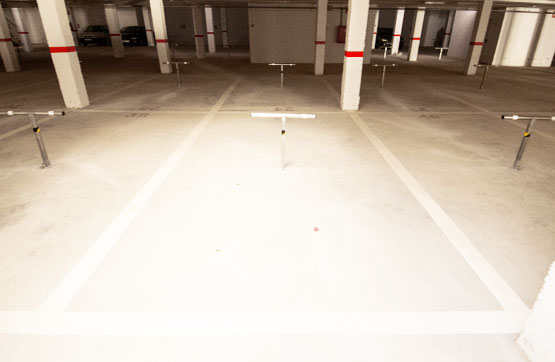 Parking en venta en Parking en Orihuela, Alicante, 2.200 €, 13 m2, Garaje