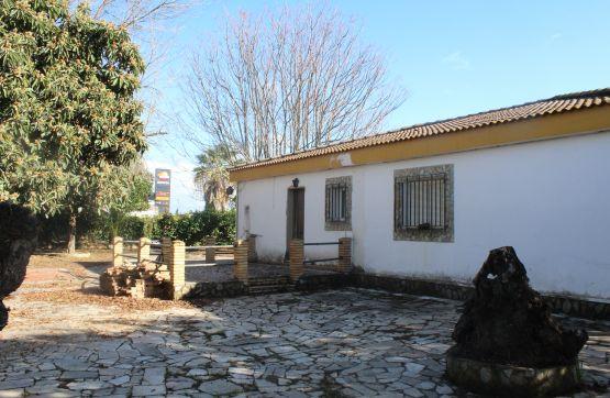 Casa en venta en Huévar del Aljarafe, Huévar del Aljarafe, Sevilla, Calle Virgen de la Soledad (a), 94.400 €, 167 m2