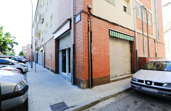 Local en venta en Les Arenes, Terrassa, Barcelona, Calle Sierra Nevada, 104.000 €, 107 m2