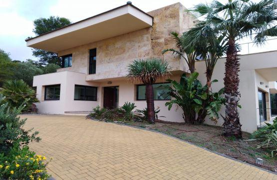 Casa en venta en San Roque, españa, Calle Magnolia, 1.790.000 €, 5 habitaciones, 6 baños, 726 m2