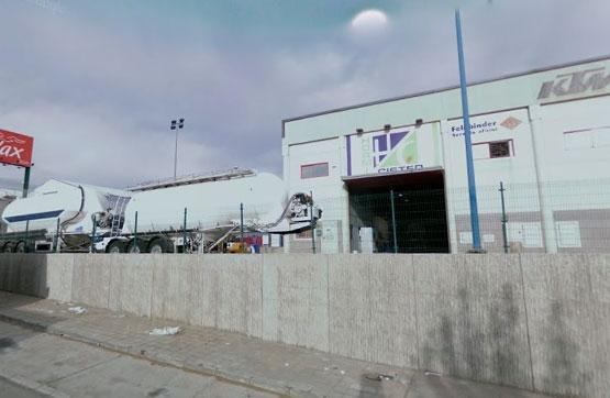 Industrial en venta en Alto de la Muela, la Muela, Zaragoza, Calle la Habana, 190.000 €, 632 m2