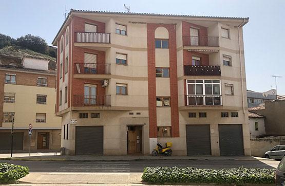 Piso en venta en Monzón, Huesca, Avenida la Almunia, 73.100 €, 2 habitaciones, 1 baño, 60 m2