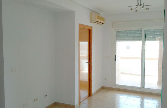 Piso en venta en Piso en Oropesa del Mar/orpesa, Castellón, 86.900 €, 2 habitaciones, 2 baños, 78 m2