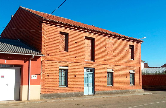 Casa en venta en Valdesandinas, Villazala, León, Plaza Mediavilla, 21.850 €, 3 habitaciones, 1 baño, 334 m2