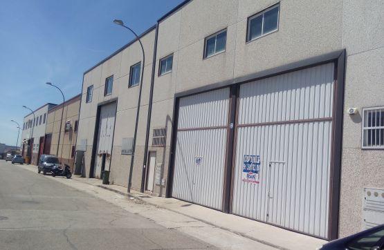Industrial en venta en Torrejón de Velasco, Madrid, Calle los Madroños, 134.400 €, 168 m2