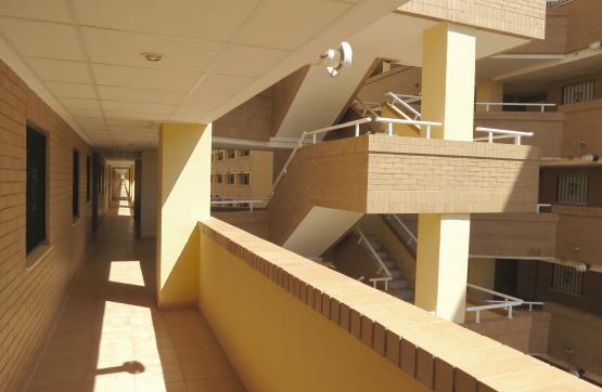Piso en venta en Piso en Oropesa del Mar/orpesa, Castellón, 90.000 €, 2 habitaciones, 1 baño, 74 m2