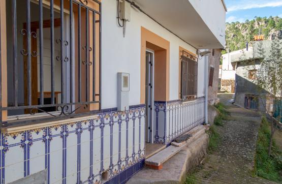Casa en venta en Molinicos, Albacete, Calle Nueva, 55.000 €, 4 habitaciones, 2 baños, 122 m2