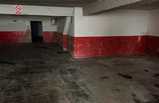 Local en venta en Local en Oviedo, Asturias, 432.600 €, 401 m2