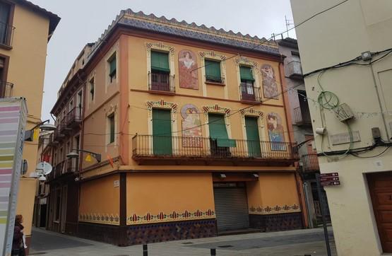 Piso en venta en Can Moca, Olot, Girona, Calle del Dolors, 99.120 €, 2 habitaciones, 1 baño, 141 m2